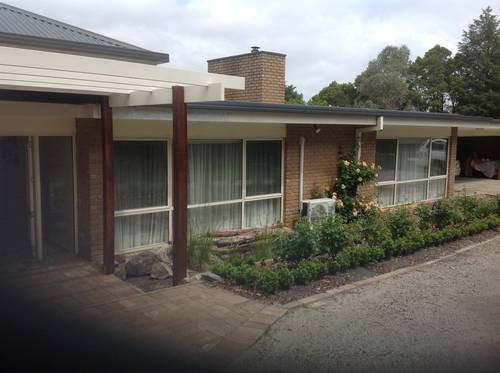Picture of House requiring House Sitter at Aussie House Sitters, Australia. Location Upper beaconsfield, VIC 3808