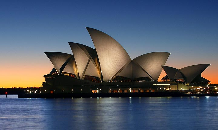 Pet and House Sitting in Sydney - The magnificent Opera house